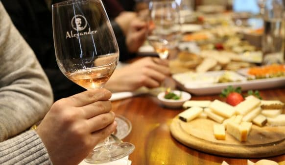 מתוך אירוע טעימות יין ביקב אלכסנדר